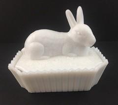Vintage Bunny Rabbit Candy Dish Trinket Dish White Milk Glass Westmoreland - $13.98