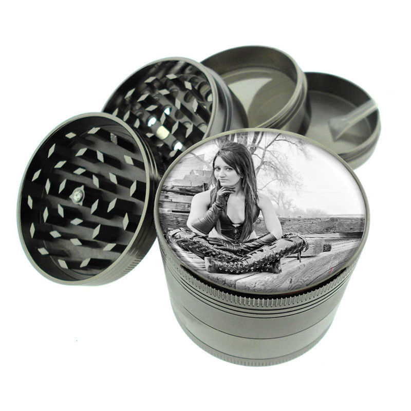 Bad Girl Pin Up D21 Titanium Grinder 4 Piece Magnetic Hand Mueller