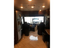 2017 COACHMEN SPORTSCOACH CROSS COUNTRY 407FW For Sale In League City, TX 77573 image 3