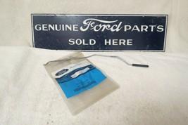 NEW OEM 1998-2003 Ford Escort RH Door Lock Rod Knob F8CZ-6321850-AAA #1034 - $29.00