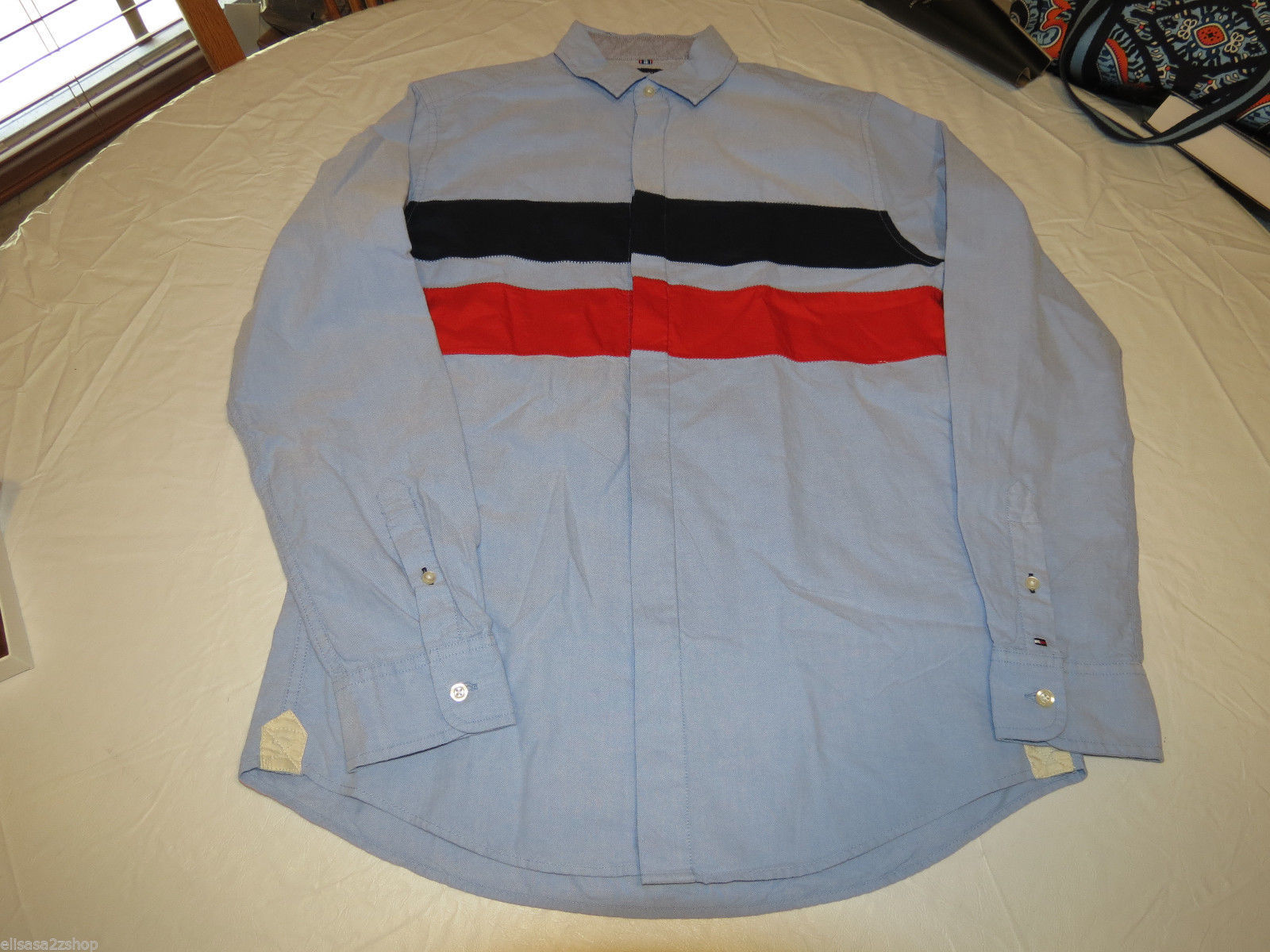 Primary image for Men's Tommy Hilfiger shirt L LG Custom Fit L/S button up 7871490 Cllctn Blue 472