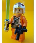 LEGO ® - Star Wars ™ -  Luke Skywalker Pilot Figure - 8129 ATAT - Mint - $9.88