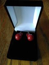 Vintage Red Ball Dangle Mid-Century Modern Holiday Japan Swirl Glass Bea... - $9.99