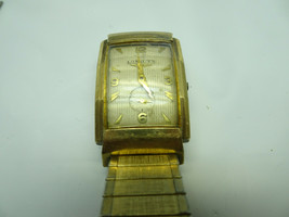 VINTAGE WITTNAUER LONGINES WATCH  9LT RUNS STOPS FOR RESTORATION OR PARTS - $140.29