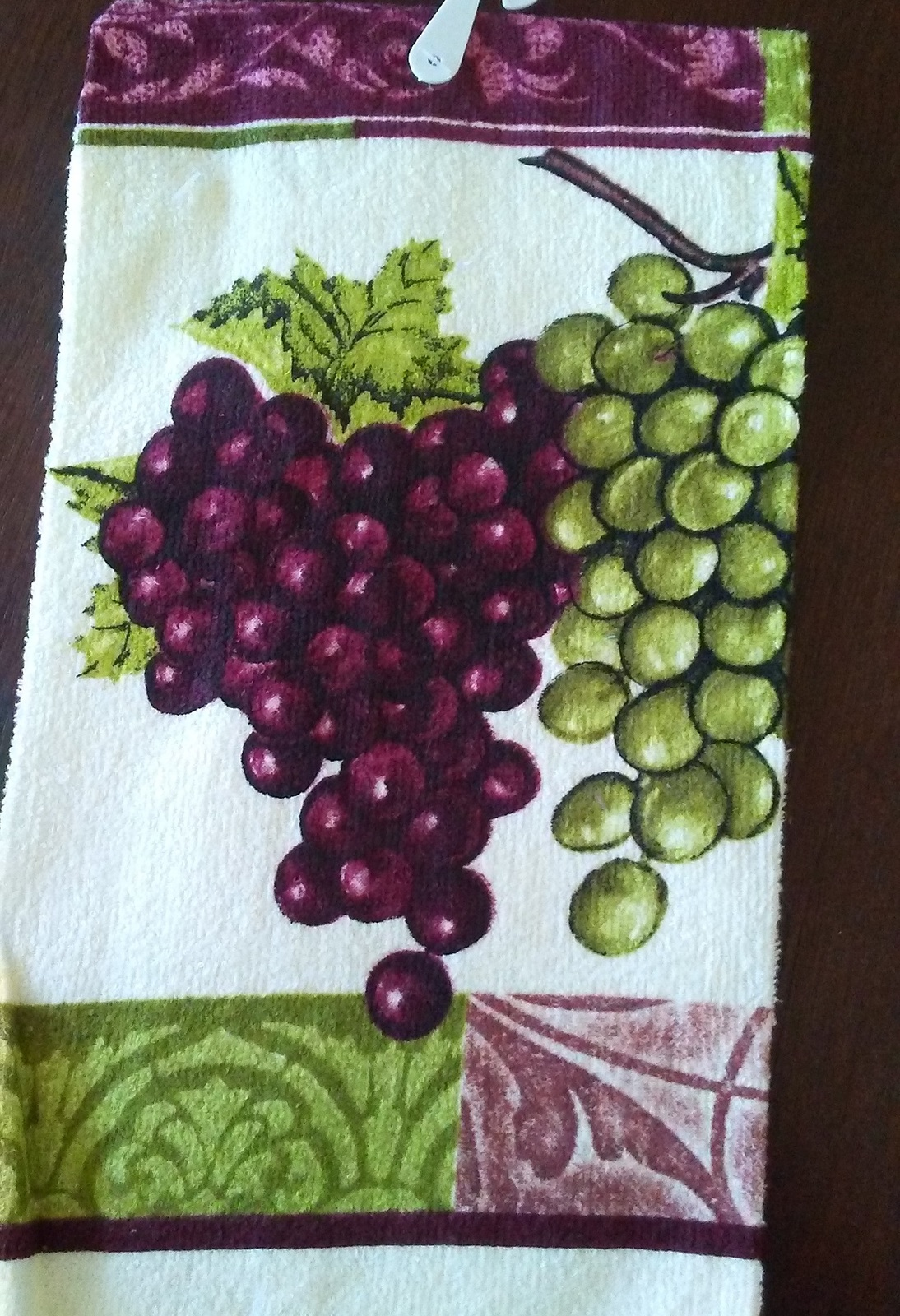 PURPLE GRAPES KITCHEN SET 5-pc Potholders Oven Mitt Towels Wine Grape Vine NEW