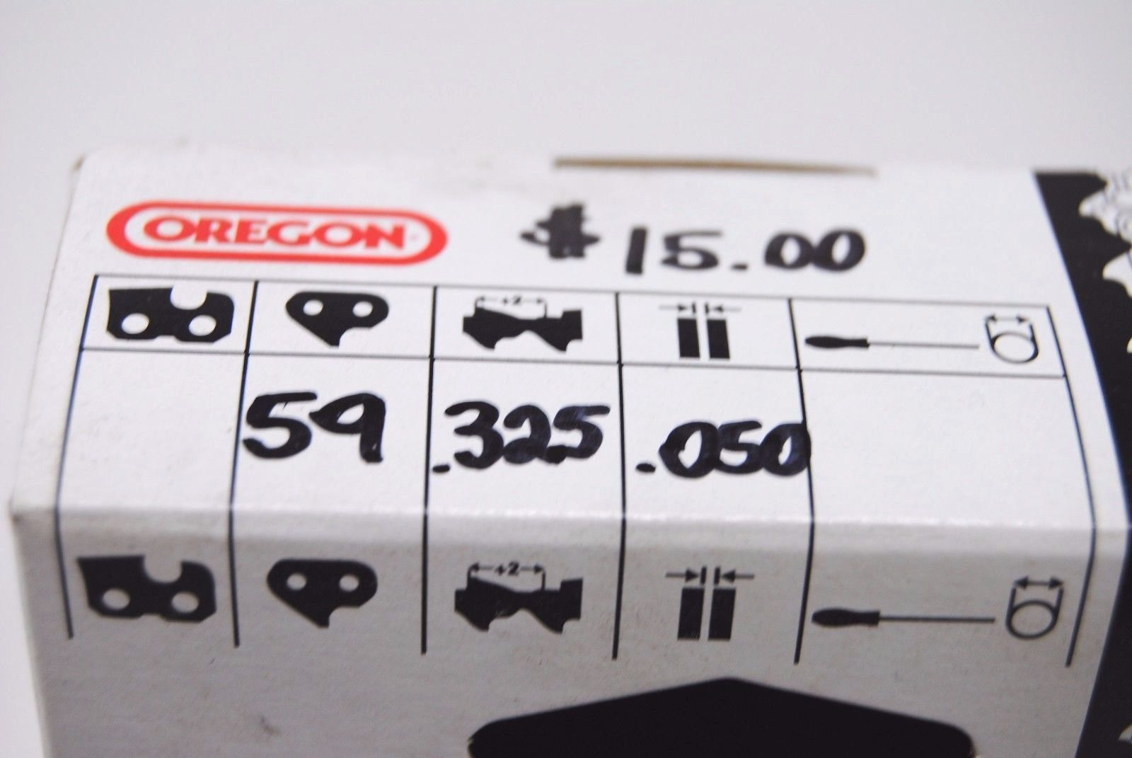 """Oregon .325"""" Pitch .050"""" Gauge 59 Link Chainsaw Chain (yb996a)"""