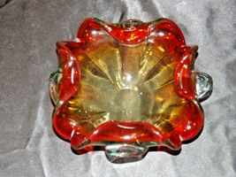 Heavy red flower design blown glass AA19-1464 Vintage image 5