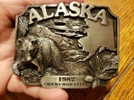 1982 ALASKA SISKIYOU COMMEMORATIVE PEWTER BELT BUCKLE #476 GRIZZLY BEAR  - $9.66