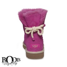 UGG SELENE FURIOUS FUCHSIA ROPE BOW SHEEPSKIN WOMEN'S BOOTS SIZE US 8/UK... - $2.489,99 MXN