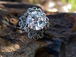 Haunted ring White Dragon female vast fortune money and good luck - $120.00