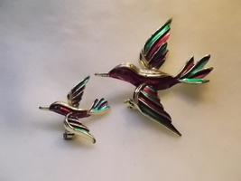 Vintage Set Silvertone Purple and Green Enamel Swallow Bird Scatter Pins  - $12.00