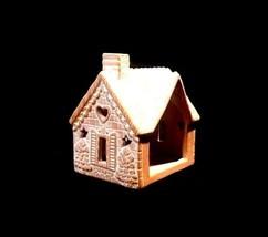 Porcelain Rabbit Creek Gingerbread House (1997) AB 766 Vintage image 2