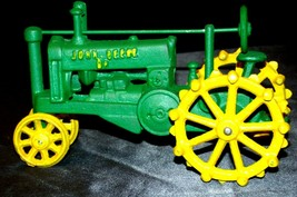 Old Vintage Cast Iron John Deere Tractor AA20-2176d Vintage Collectible