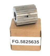 NIB GENERIC FG.5825635 FRONT KNIFE IDLER PULLEY B08P
