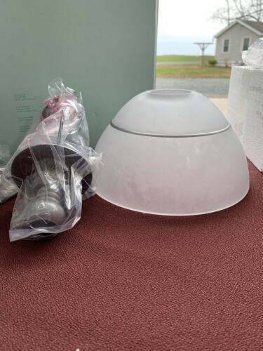 PARTYLITE GRAND PARAGON TEALIGHT LAMP SILVER Hb4202U Retired New In Box