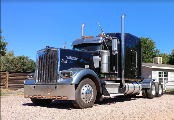 2000 Kenworth W900 For Sale in Canon City, CO 81212