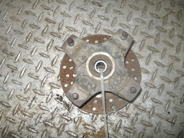 KAWASAKI 1987 300 BAYOU 2X4 RIGHT FRONT HUB WITH BRAKE DISC  (BIN 43)  P... - $25.00