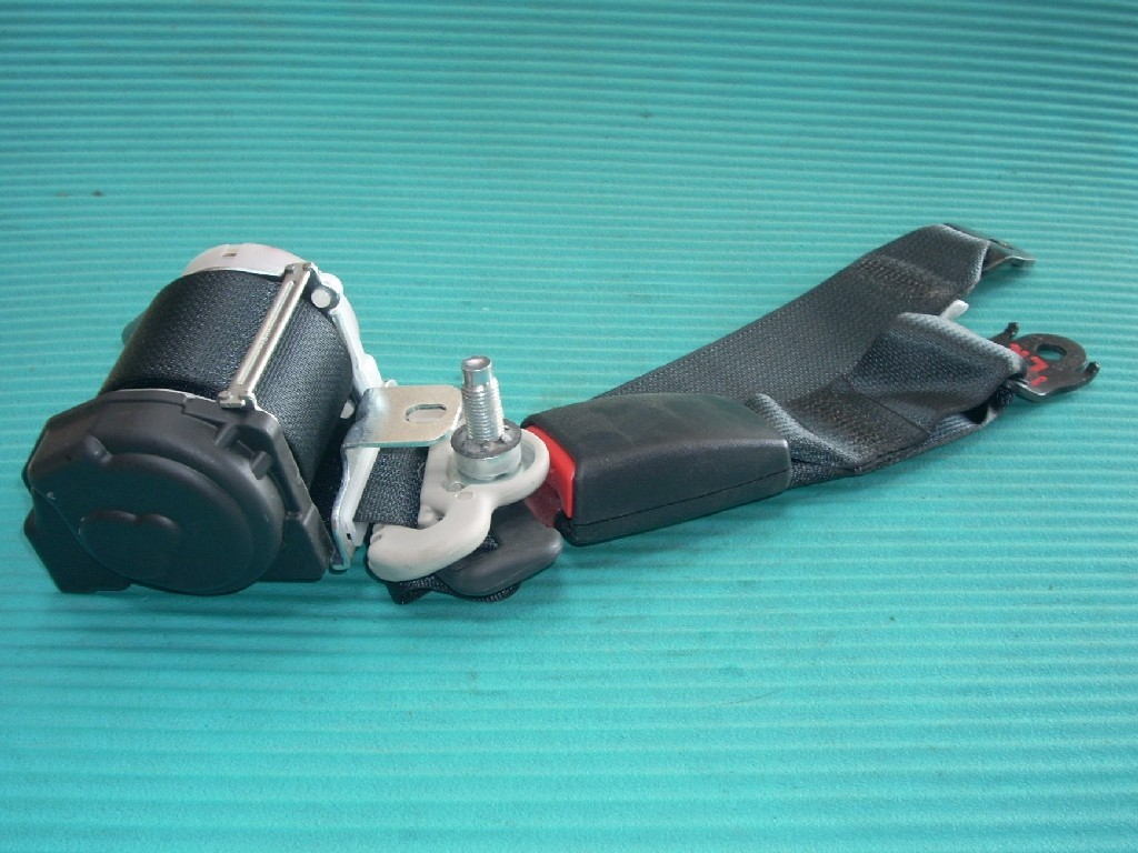 2015 NISSAN VERSA NOTE HATCHBACK LEFT REAR SEAT BELT OEM