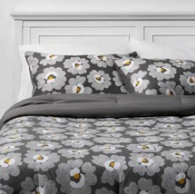 FULL Gray Daisies with White Sheets Printed MicrofiberBed Set W/Sheets 7 PIECES image 1