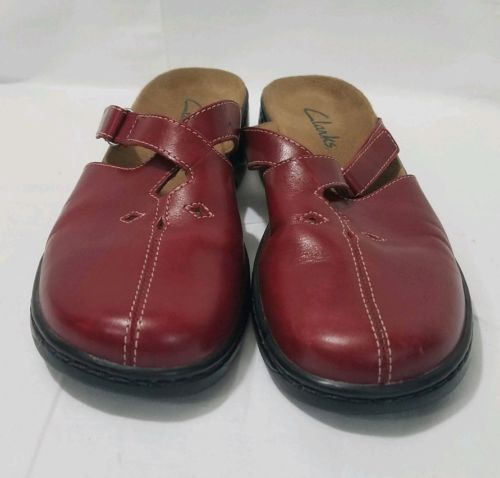 Clarks Mules Women's Red Slip On Size 8m