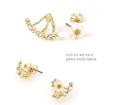 Daisy Flower front and Back Two-Sided Stud Earrings Korean - One Pair (Gold)
