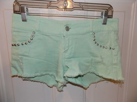 Rue 21 Distressed Mint Green Shorts Size 3/4 Women's EUC - $17.01