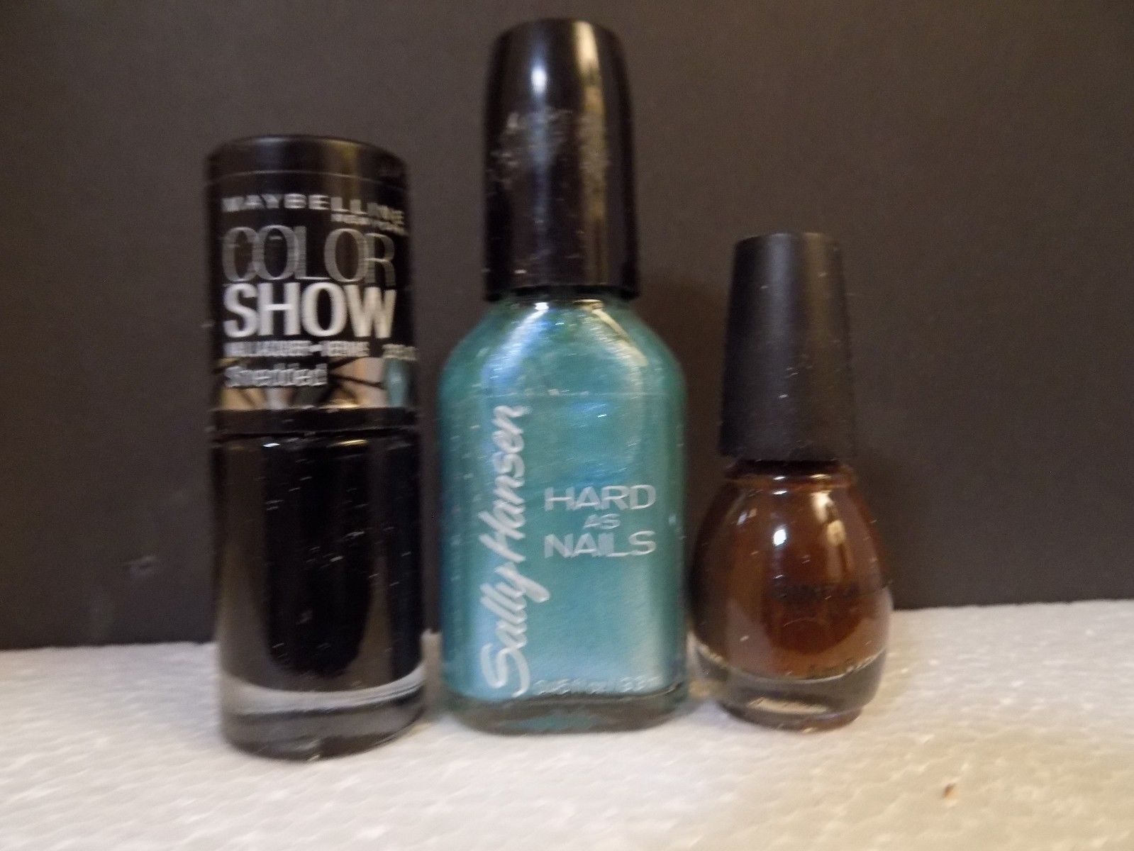 MAYBELLINE NAIL POLISH SHREDDED / SALLY HANSEN FROZEN BLUE / SINFUL COLOR COFFEE