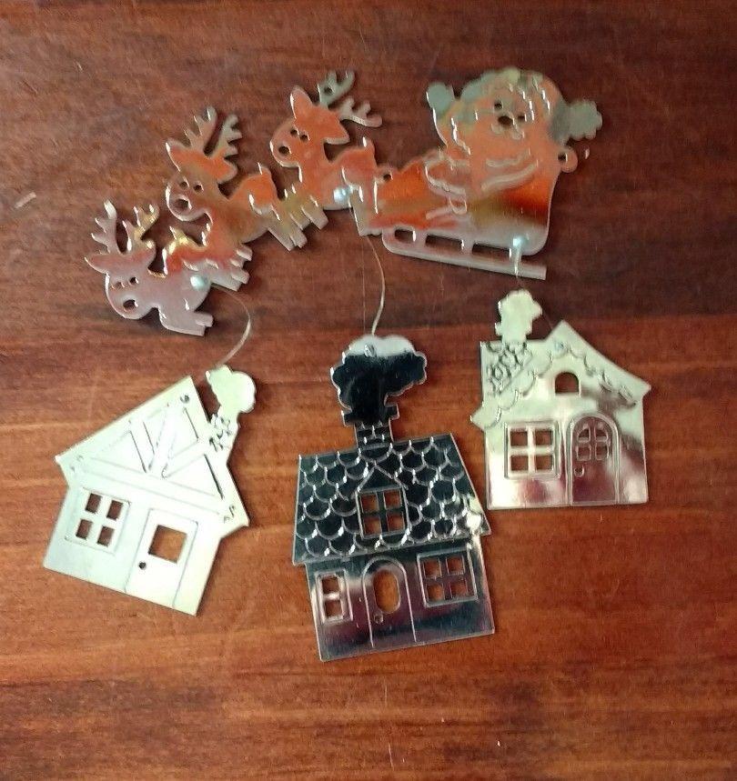 Santa Chime Hallmark Keepsake Ornament 1980