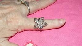 Vintage Rhinestone Flower Ring Size 7 Silvertone - $3.96