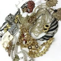 Vtg Costume Jewelry Lot Boho MOD Mixed Materials 20+ pcs metal Gold Tone... - $29.69