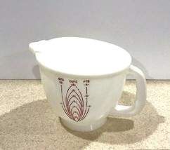 Vintage Tupperware Mix-N-Stor 8 Cup Measuring Pitcher With Lid - $17.15