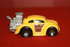 2016 Mattel Hot Wheels Tooned Zamac Yellow Wood Panel Volkswagen Beetle Car - $8.36