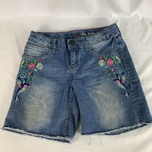 Lee Midi Shorts Girls Size 12 Blue Distressed Flowers Hummingbird Embroidery - $12.20