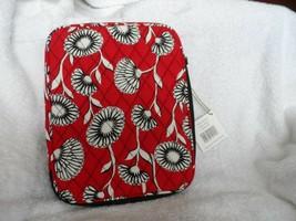 Vera Bradley Tablet sleeve in Deco Daisy - $11.50