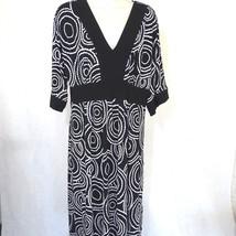 Dressbarn V-neck Dress Women Size 12 Black White Short Slv Full Skirt Ge... - $240,85 MXN