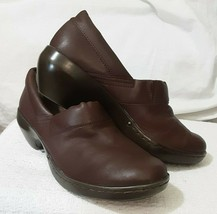 Easy Spirit Ankle brown Shoes, Pre-owned in excellent condition size 10 - $14.96