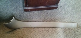 2000 - 2004 FORD TAURUS RIGHT RH FRONT DOOR SILL PLATE. Tan OEM TRIM PANEL image 1