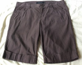 Calvin Klein Jeans Women Shorts Brown Cotton Cuffed Hem Knee Legnth Size 12 - $18.49