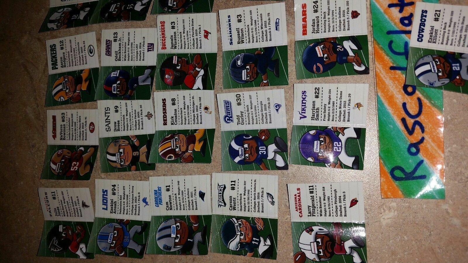 NFL FOOTBALL TEENYMATES SERIES 6 COMPLETE SET OF 32 PLAYER PROFILE CARDS!!! 2017 image 5