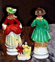 Colonial Elizabeth Figurine AA18-1270Vintage Couples image 4