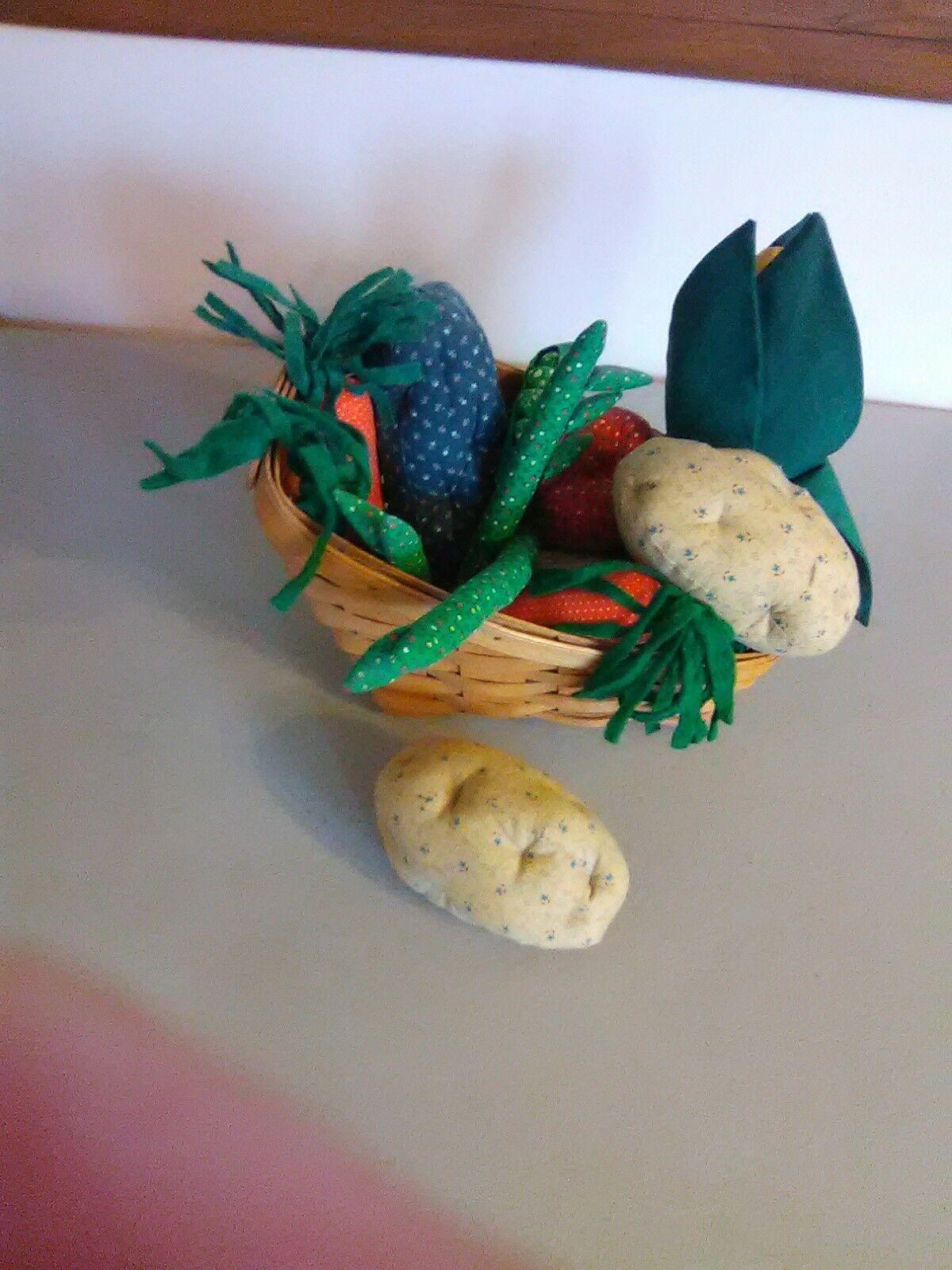 Longaberger Vegetable Sleigh Basket 1995  - Hand sewn vegetables