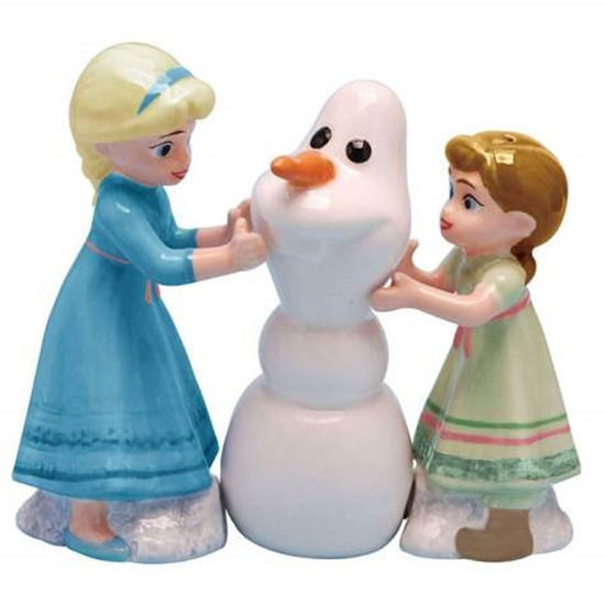 Disney's Frozen Want To Build A Snowman? Ceramic Salt & Pepper Shakers Set NEW