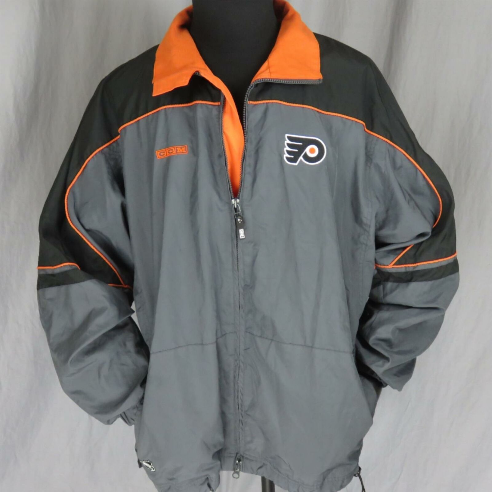Primary image for CCM Philadelphia Flyers NHL Windbreaker Men's Jacket XL Center Ice Authentic