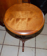 Mid Century Maple Ethan Allen Round Side Table / End Table - $299.00