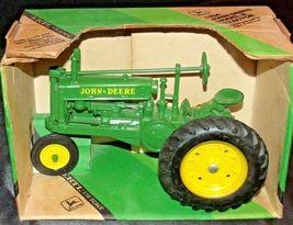ERTL John Deere Die-cast 1934 Model A Tractor 1:16 Scale AA20-JD2084 image 3