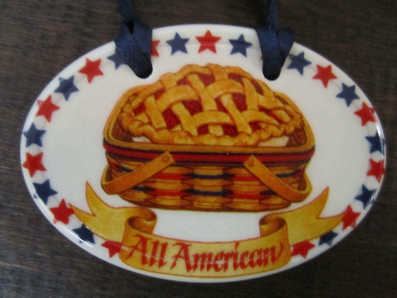 Longaberger 1998 All American Oval Pottery Basket Tie On Made in the USA