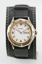 Fossil Watch Mens White Day Date Stainless Silver Gold 30m Black Leather Quartz - $35.13