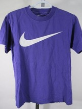 Nike T Shirt Violet Sz COURTE S Coupe Ample Large Carreaux Swoosh C60 - $31.65