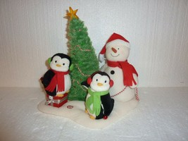 Hallmark 2006 Jingle Pals Very Merry Trio Snowman Penguin Tree S-31 - $24.18
