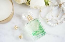 NEW SeneGence Abundance Fresh Parfum Full Size Bottle 1 fl oz Perfume Retail $70 - $19.79